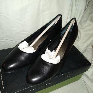 Trotters Janna black 6 1/2